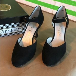 💖Small heel closed black heels 👠